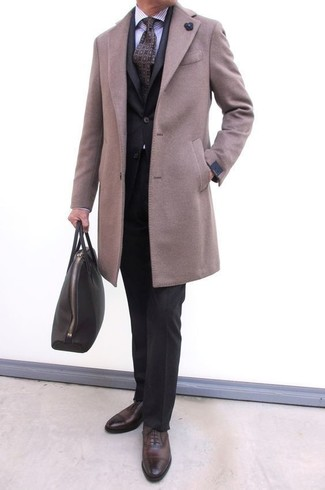 How to wear: dark brown leather oxford shoes, light violet vertical striped dress shirt, black suit, beige overcoat