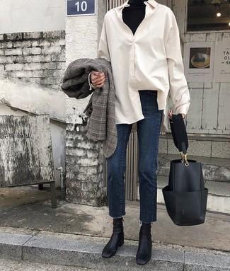 How to wear: navy jeans, white dress shirt, black turtleneck, grey plaid blazer