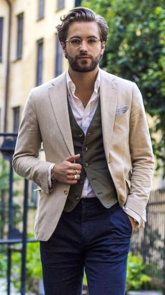 How to wear: navy chinos, light violet dress shirt, charcoal waistcoat, beige blazer