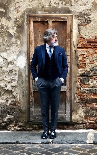 How to Wear a Blue Polka Dot Tie For Men: This polished combo of a navy blazer and a blue polka dot tie is a must-try outfit for any gent. When not sure about the footwear, opt for a pair of navy leather derby shoes.