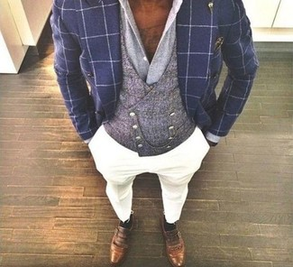How to wear: white chinos, grey dress shirt, grey waistcoat, navy check double breasted blazer