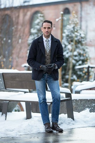 How to Wear Dark Brown Leather Casual Boots For Men: Nail the effortlessly smart outfit by opting for a navy pea coat and blue jeans. Our favorite of an infinite number of ways to complete this look is with dark brown leather casual boots.