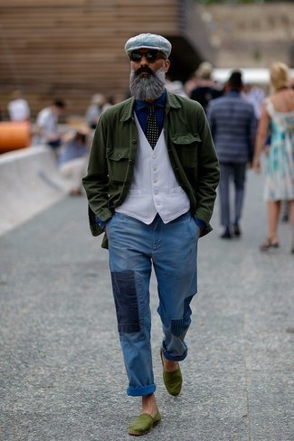 Men's Looks & Outfits: What To Wear In 2020: Try teaming a dark green shirt jacket with light blue patchwork jeans to create an everyday look that's full of charm and character. If not sure as to the footwear, add a pair of olive canvas espadrilles to the equation.