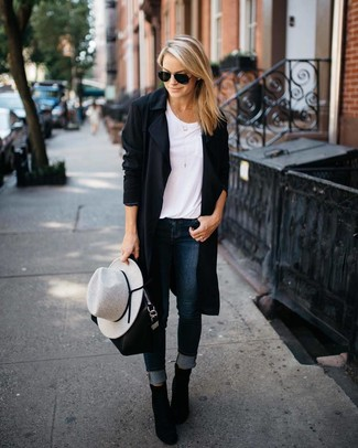 Try teaming a black duster coat with navy skinny jeans for both chic and easy-to-wear look. Elevate your outfit with black suede ankle boots. Loving this one, especially for the spring season.