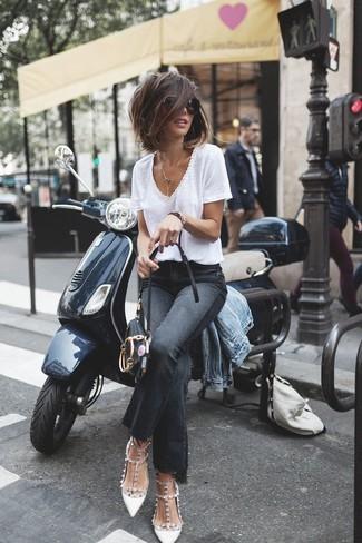 How to wear: white studded leather pumps, black flare jeans, white v-neck t-shirt, light blue denim jacket