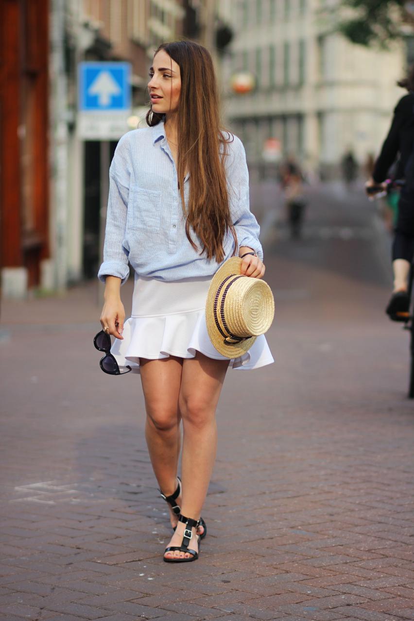 1685863e32 Black Leather A Line Skirt Outfit | Saddha