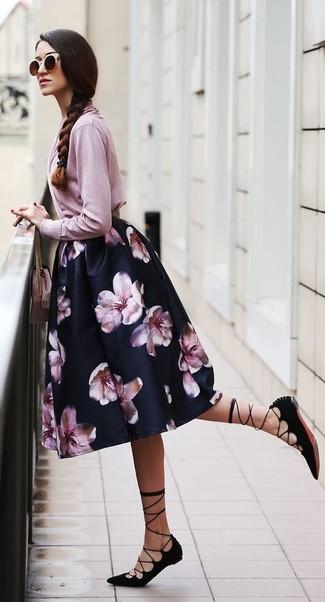 How to wear: pink leather crossbody bag, black suede gladiator sandals, black floral full skirt, pink cardigan