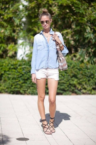 How to wear: grey print canvas tote bag, dark brown leather gladiator sandals, white denim shorts, light blue denim shirt