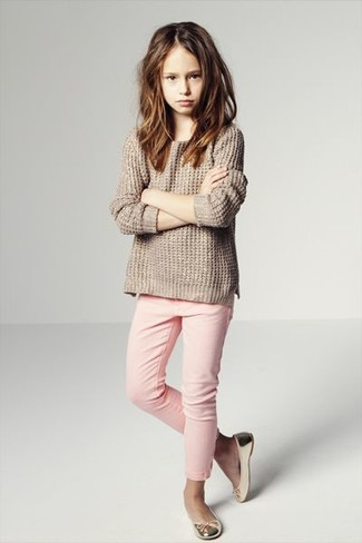 How to wear: gold ballet flats, pink jeans, beige sweater