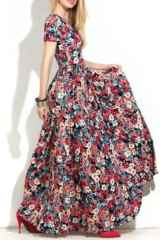 How to Wear a Multi colored Floral Maxi Dress: No matter where the day takes you, you can rely on this laid-back combo of a multi colored floral maxi dress. If you need to instantly step up this outfit with a pair of shoes, why not introduce red leather pumps to the equation?