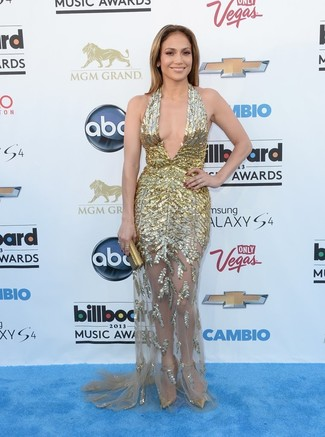 Jennifer Lopez wearing Gold Evening Dress, Gold Leather Pumps, Gold Clutch