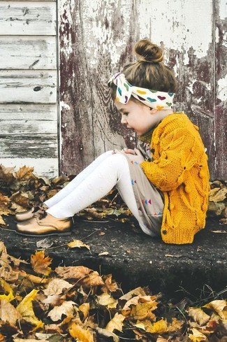How to wear: white tights, gold oxford shoes, beige dress, yellow cardigan