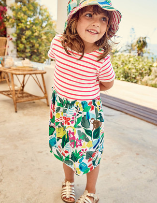 How to Wear Multi colored Print Dress For Girls: Your little girl will look adorable in multi colored print dress. As far as footwear is concerned, suggest that your little girl rock a pair of gold sandals.