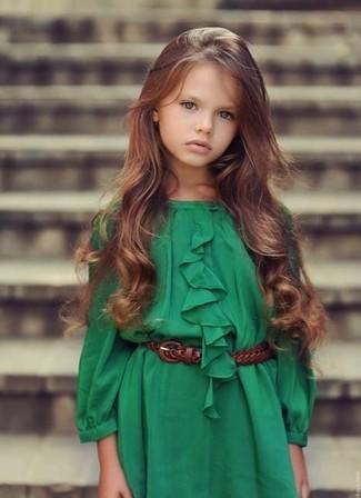 How to wear: green dress