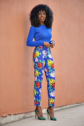 How to wear: green suede pumps, blue floral tapered pants, blue crew-neck sweater