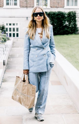 How to wear: grey athletic shoes, white print crew-neck t-shirt, light blue suit