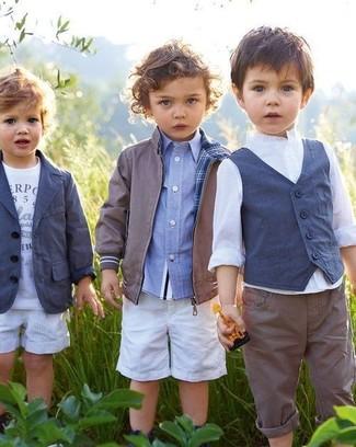 How to wear: grey bomber jacket, light blue long sleeve shirt, white shorts