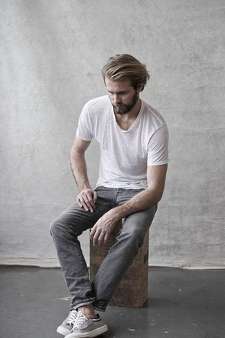 How to wear: grey canvas low top sneakers, grey jeans, white crew-neck t-shirt
