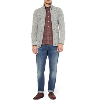 This combo of a grey cardigan and blue jeans spells comfort and style. Tap into some David Gandy dapperness and complete your outfit with brown suede casual boots. You can bet this getup is the answer to all of your transeasonal dressing struggles.