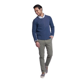 How to wear: grey canvas low top sneakers, grey chinos, light blue vertical striped long sleeve shirt, navy crew-neck sweater