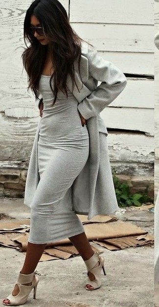 How to wear: grey coat, grey bodycon dress, beige leather heeled sandals, dark brown sunglasses