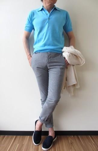How to wear: black suede slip-on sneakers, grey dress pants, aquamarine polo, white blazer