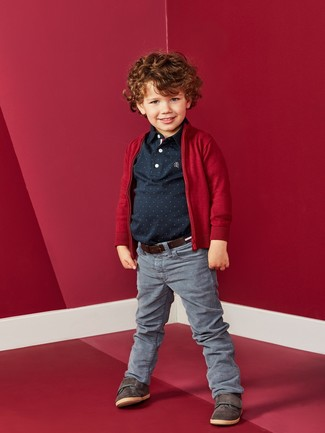 How to wear: dark brown sneakers, grey jeans, black polo, red cardigan