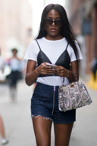 How to wear: grey snake leather tote bag, navy denim shorts, white and black print crew-neck t-shirt