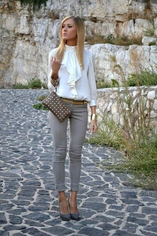 How to wear: brown leather clutch, grey suede pumps, grey skinny pants, white ruffle long sleeve blouse