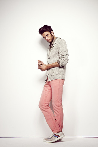 How to wear: grey shawl cardigan, grey long sleeve shirt, pink jeans, grey horizontal striped low top sneakers