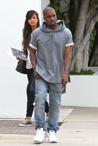 How to wear: grey short sleeve hoodie, grey crew-neck t-shirt, light blue jeans, white athletic shoes