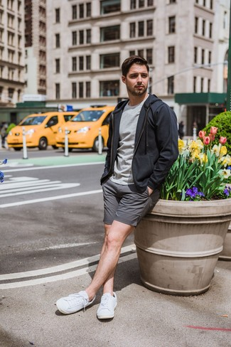 How to wear: white low top sneakers, grey shorts, grey crew-neck t-shirt, charcoal hoodie
