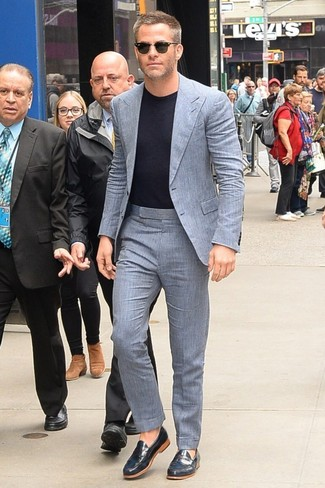 How to wear: grey suit, black crew-neck t-shirt, navy leather loafers