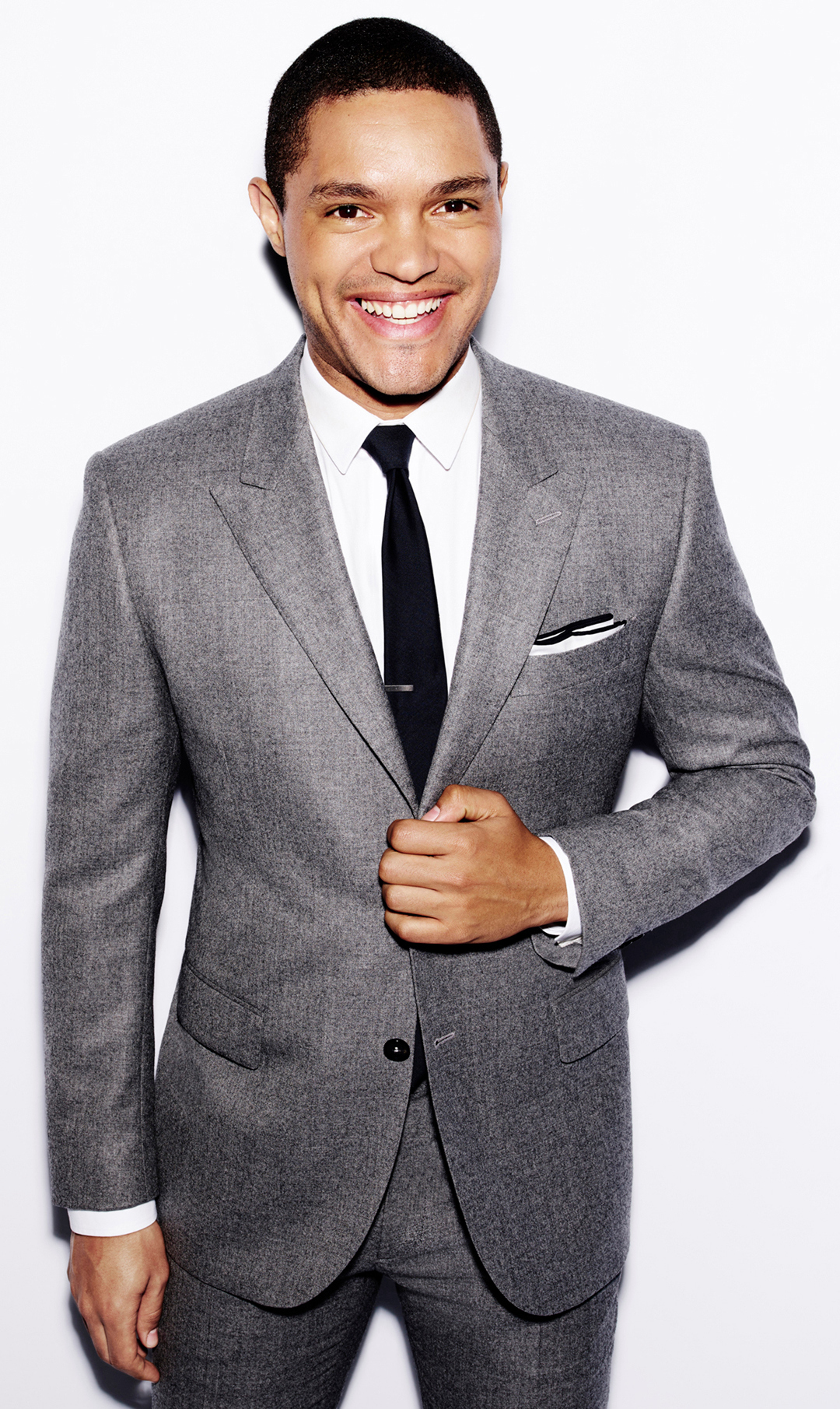 Trevor Noah wearing Grey Suit, White Dress Shirt, Black Tie, White ...