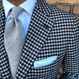 How to Wear a Black and White Gingham Blazer For Men: This look demonstrates that it is totally worth investing in such elegant menswear pieces as a black and white gingham blazer and a white dress shirt.