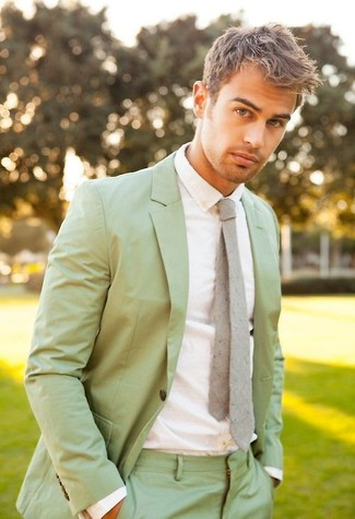 How to wear: grey tie, white dress shirt, mint suit