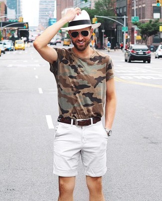 How to wear: dark brown leather belt, white straw hat, white shorts, olive camouflage crew-neck t-shirt