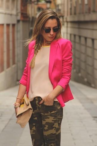 How to wear: hot pink silk blazer, beige silk shirt, green camouflage jeans, beige suede clutch