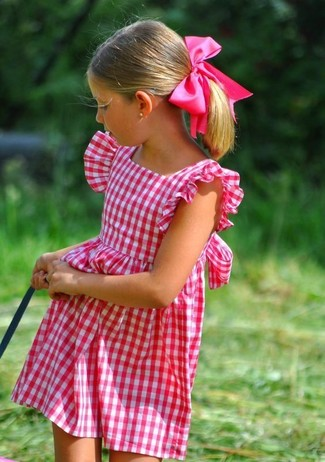 How to wear: hot pink dress