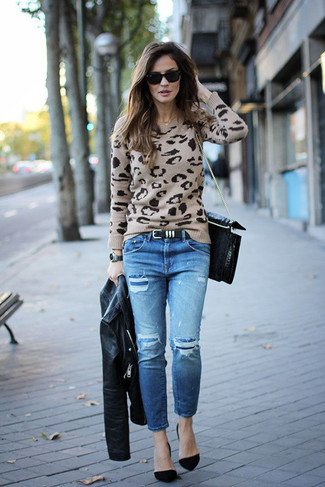 How to wear: black suede pumps, blue ripped jeans, beige leopard crew-neck sweater, black leather biker jacket