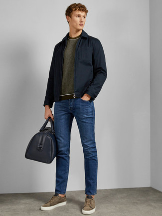 How to wear: olive suede low top sneakers, blue jeans, olive crew-neck sweater, navy field jacket