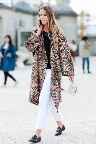 How to Wear White Jeans For Women: For a casual ensemble, consider pairing a brown leopard fur coat with white jeans — these two pieces work beautifully together. When it comes to shoes, add black leather loafers to the mix.