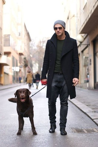 How to wear: black leather chelsea boots, charcoal jeans, olive crew-neck sweater, black overcoat