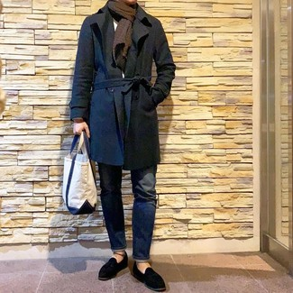 How to wear: black suede tassel loafers, navy jeans, white crew-neck sweater, black trenchcoat