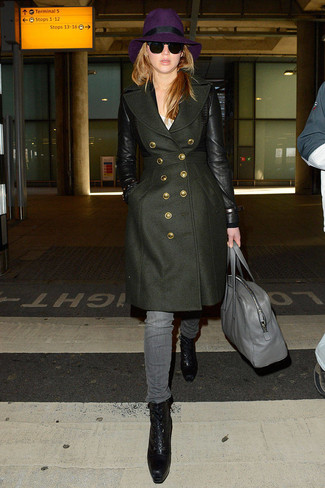 How to wear: black leather lace-up ankle boots, grey jeans, white crew-neck t-shirt, olive coat