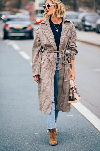 How to wear: brown suede ankle boots, light blue jeans, navy crew-neck t-shirt, brown check coat