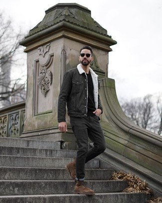 How to Wear Charcoal Jeans For Men: This casual combination of a charcoal denim jacket and charcoal jeans is a tested option when you need to look sharp but have no time. Feel uninspired with this ensemble? Invite a pair of brown suede casual boots to jazz things up.