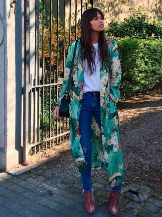 How to wear: burgundy leather ankle boots, blue ripped jeans, white crew-neck t-shirt, green floral duster coat