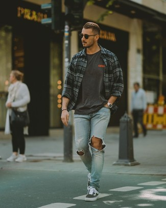 How to wear: charcoal canvas low top sneakers, light blue ripped jeans, charcoal print crew-neck t-shirt, charcoal plaid long sleeve shirt