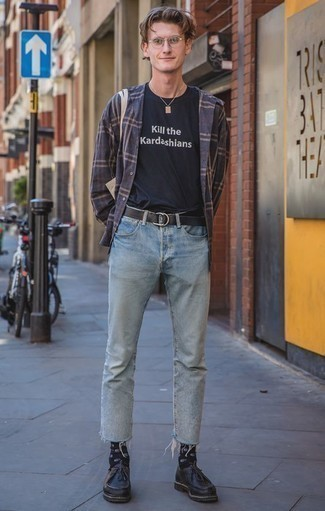 How to Wear a Navy Plaid Long Sleeve Shirt For Men: This laid-back combo of a navy plaid long sleeve shirt and light blue jeans will attract attention wherever you go. Introduce black leather desert boots to the mix for an instant style fix.